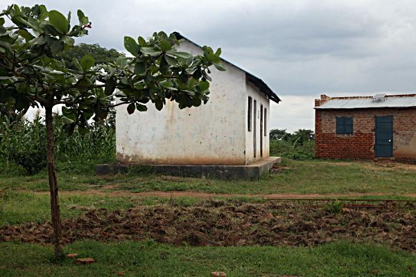 Putti Uganda Synagogue