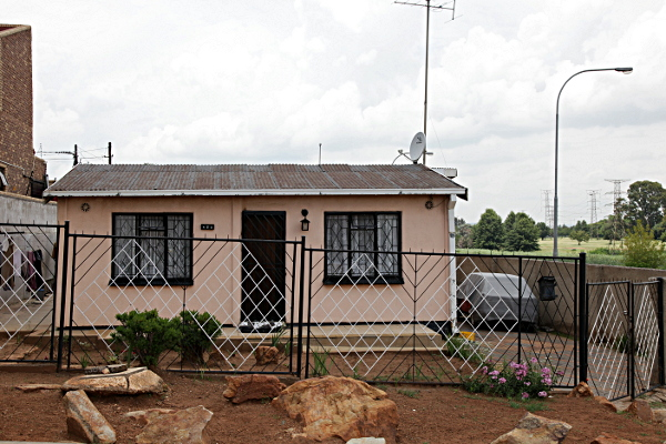 Johannesburg soweto house for Picture of house
